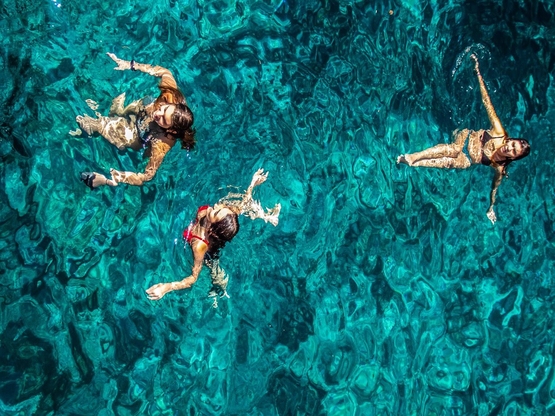 κολυμβητες από ψηλα